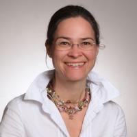 Dr. Julia Rainer